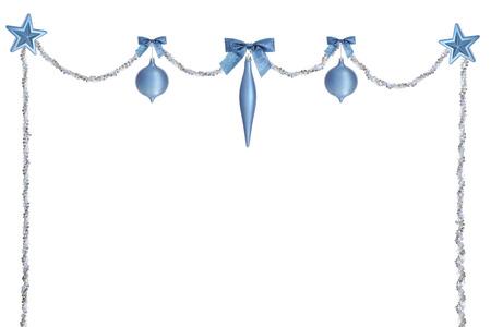 ビーズの長い青とシルバー ストランド上部 swagged と光沢のあるブルーと側面をまっすぐ落下の弓、クリスマスの球根と星の盗品のピークを飾るしま