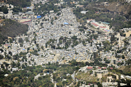 An overhead view of a very crowded neighborhood in Port Au Prince, Haiti Stok Fotoğraf - 26560453