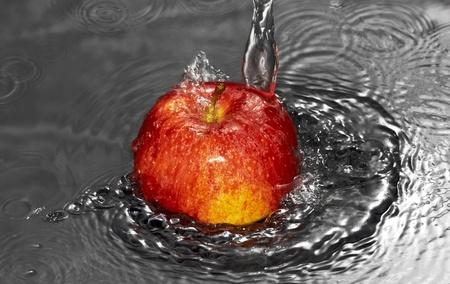 water flow on apple photo