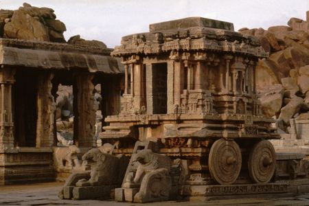 Stone Chariot at Vijaya Vitthala Temple, Hampi, Karnataka, India Stock Photo