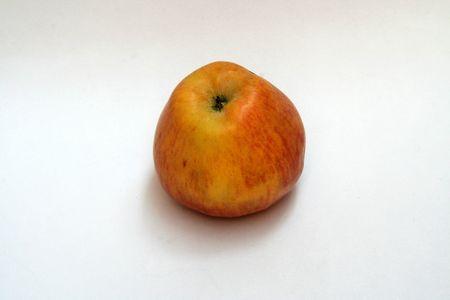healthful: Manzana de fruta saludable aislado sobre fondo blanco  Foto de archivo