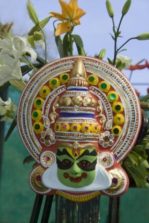 Masque d�coratif, attrayant et color� de l'Inde du Sud art populaire Yakshagana