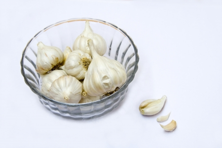 Strong-smelling, pungent-tasting bulbs of garlic used as flavoring in cookery Stock Photo - 19083207