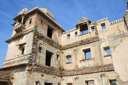 chittorgarh fort: View of portion of palace and gallery at Kumbh Mahal, Chittorgarh Fort, Rajasthan, India, Asia