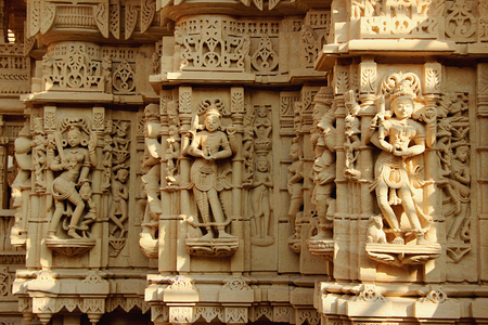 stone carvings: Fabulous marble stone carvings on the wall of a Jain Temple at Jaisalmer Fort in Jaisalmer, Rajasthan, India, Asia Stock Photo