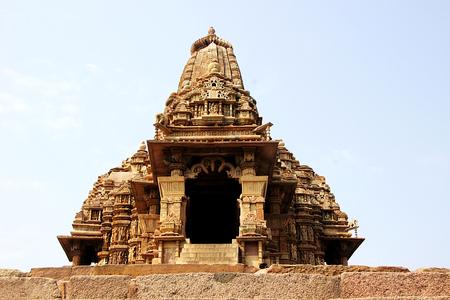 madhya pradesh: Low angle, frontal view of Kandariya Mahadev Temple, under Western Group of Temples, Khajuraho, Madhya Pradesh, India, Asia