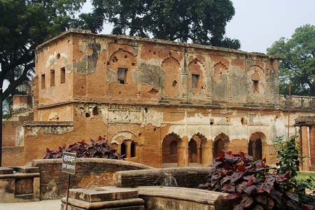 archways: View of dilapidated building of historical Residency at Lucknow in Uttar Pradesh, India, Asia Stock Photo