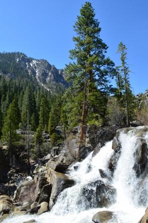 グローバー ホット スプリングス州立公園滝 写真素材