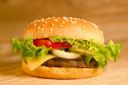 cheeseburgers: Delicious hamburgers, cheeseburgers as a snack