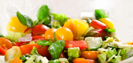 fresh lettuce in the salad bowl Standard-Bild