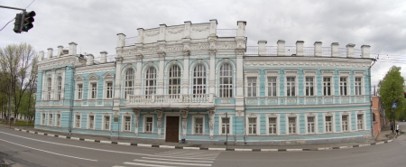 atlantes: Russia. Yaroslavl. House Merchant Dunayev. Dunayev merchant family of the largest tobacco factory in Russia in late XIX - early XX centuries. Editorial