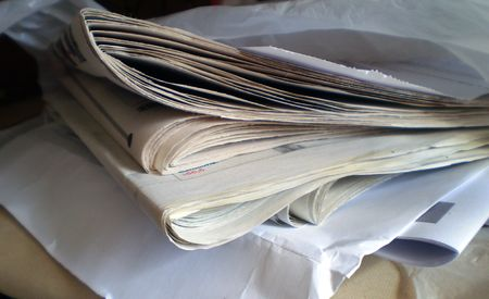 Schließen Sie bis Ansicht einer geschlossenen Zeitung