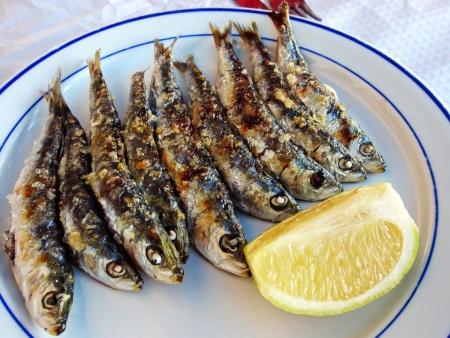 sardinas: sardinas cocinadas Foto de archivo
