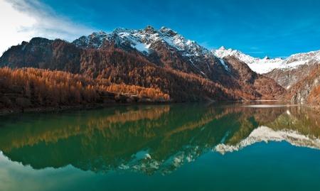 Località Cheggio vista sul lago Cavalli Alp, Valle Antrona - Piemonte, Italia