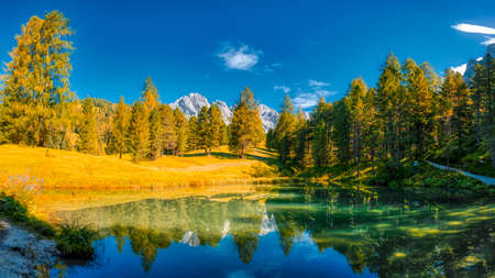 Fall season in the natural park of Puez-Odle in the Dolomites, Trentino-Alto Adige - Italy Standard-Bild