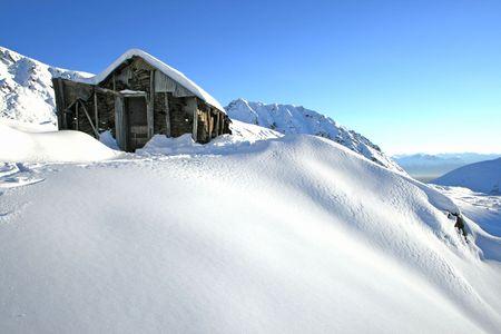 mineros: Abandono de cabina de los mineros en Alaska  Foto de archivo