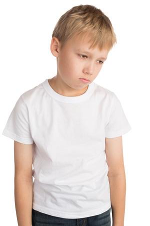 Upset kleiner Junge, isoliert Standard-Bild - 25239289