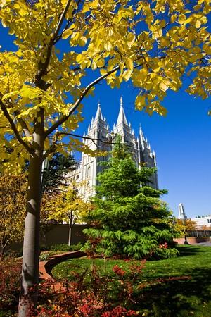 salt lake city: Templo Morm�n Squae en el oto�o - Salt Lake City, Utah