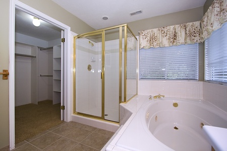 Bathroom - Close up on an interior of a house Stock Photo - 9793621