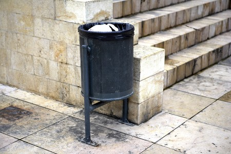 forniture: Little bin, urban forniture, Barcelona, Spain