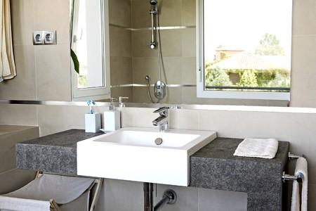 noone: Dettaglio del lavabo.