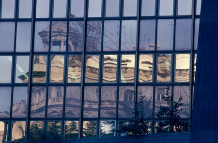 otras palabras clave: View of an office building