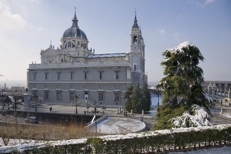 Cathedral in a city, Almudena Cathedral, Catedral De La Almudena, Madrid, Spain Stock Photo - 7172605