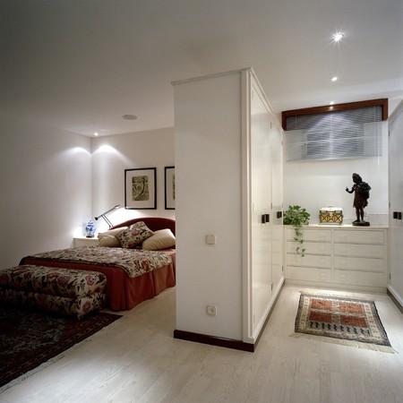 View of an elegant bedroom Stock Photo - 7215114
