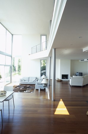 View of a spacious living room LANG_EVOIMAGES
