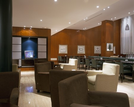 wood panelled: View of the interiors of a hotel LANG_EVOIMAGES