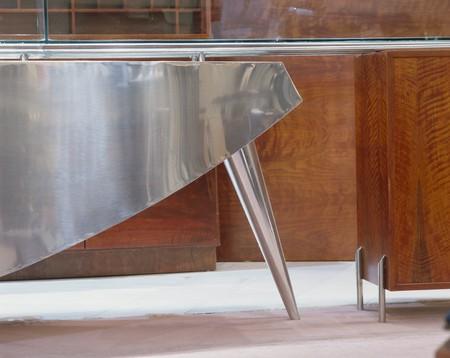 mediterranian home: View of a metallic counter