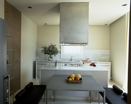 View of an opulent kitchen Stock Photo - 7215255