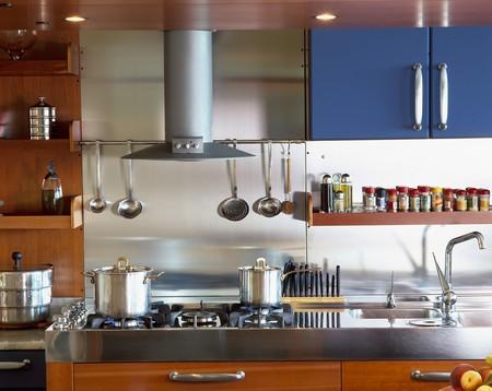 View of an elegant kitchen range Stock Photo - 7215308
