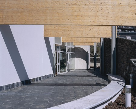 otras: View of a clear driveway