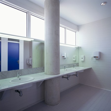 View of a pillar in a bathroom Stock Photo - 7224001