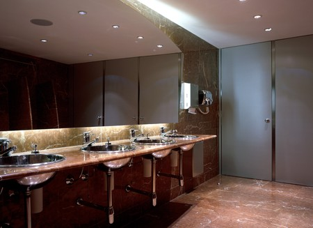 clave: View of an esthetic bathroom