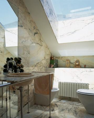 noone: Visualizzazione di un bagno ben progettato