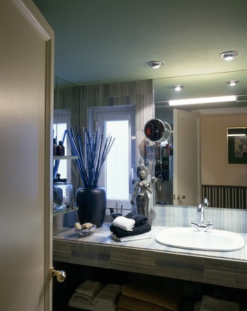 otras palabras clave: A well decorated bathroom