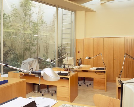 otras palabras clave: View of a polished office