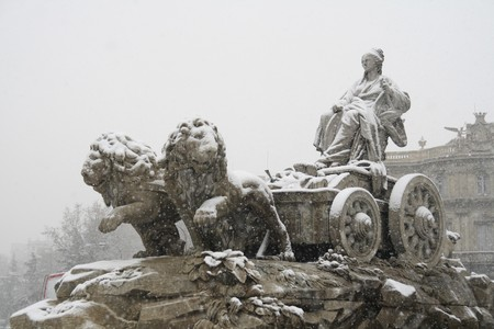Low angle view of statues of a fountain, Fuente De la Cibeles, Palacio De Comunicaciones, Ayuntamiento De Madrid, City Hall,  Madrid, Spain Stock Photo - 7353707