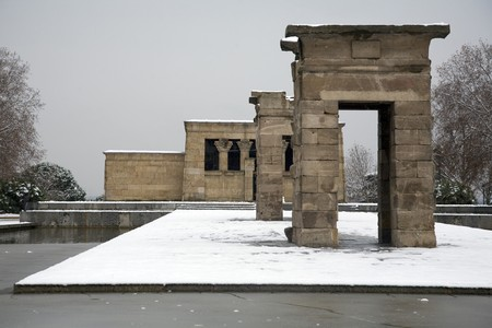 singular architecture: Facade of a temple, Temple Of Debod, Debod Temple, Ancient Egypt, Madrid, Spain