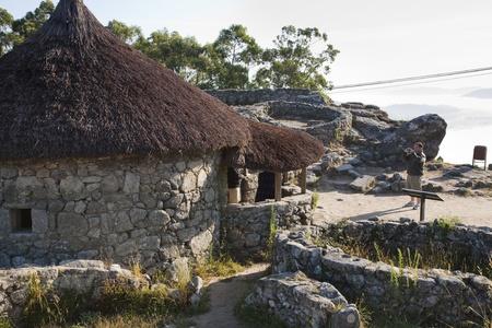galizia: Luglio 2009, Castro de Santa Tecla, meglio conservate rovine celtiche della Spagna, Laguardia, Galizia, Spagna.
