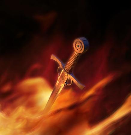 espadas medievales: Ilustraci�n 3D de una espada medieval de alta calidad en el fuego