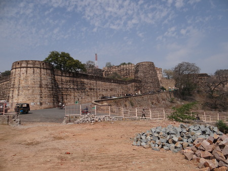 fort: Historical Fort of Jhansi