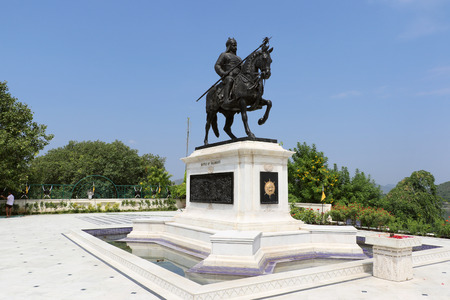sagar: Maharana Pratap Memorial,  Udaipur is a historic site that is dedicated to the gallant Maharana Pratap. Situated at the top of Moti Margi or Pearl Hill, the memorial overlooks the Fateh Sagar Lake. The memorial comprises a life-sized bronze statue of Maha