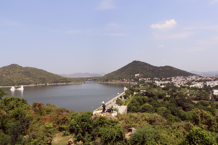 sagar: Fateh Sagar Lake is the second artificial lake of Udaipur, built in 1678 by Maharana Jai Singh, Fateh Sagar Lake got its name from Maharana Fateh Singh, who later made additions to it.