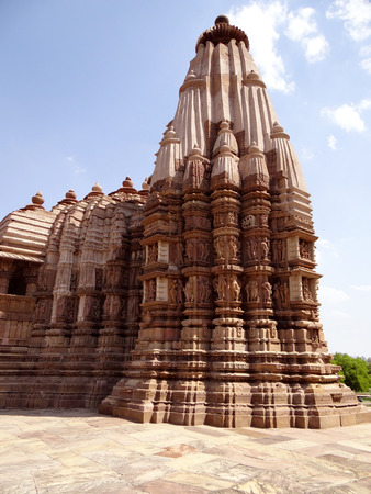 mp: Khajuraho Temples are among the most beautiful medieval monuments in India. These temples were built by the Chandella ruler between AD 900 and 1130.
