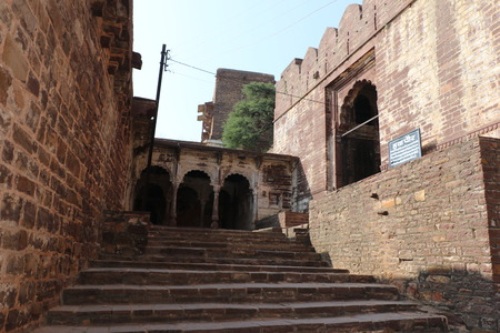 castle conditioning: Entrance of thousand years old Narwar Fort, Shivpuri, India lies at a height of 500 feet above sea level, now in a dilapidated condition but the remains indicates its flourishing days.