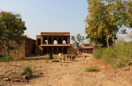 mahabharata: Ruins of thousand years old Narwar Fort, Shivpuri, India lies at a height of 500 feet above sea level, now in a dilapidated condition but the remains indicates its flourishing days.