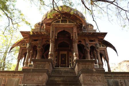 The Chhatris of Indore were built in the late 1800s in the memory of Holkar rulers and the tombs are built on the cremation spot of the Holkar rulers near Rajwada.